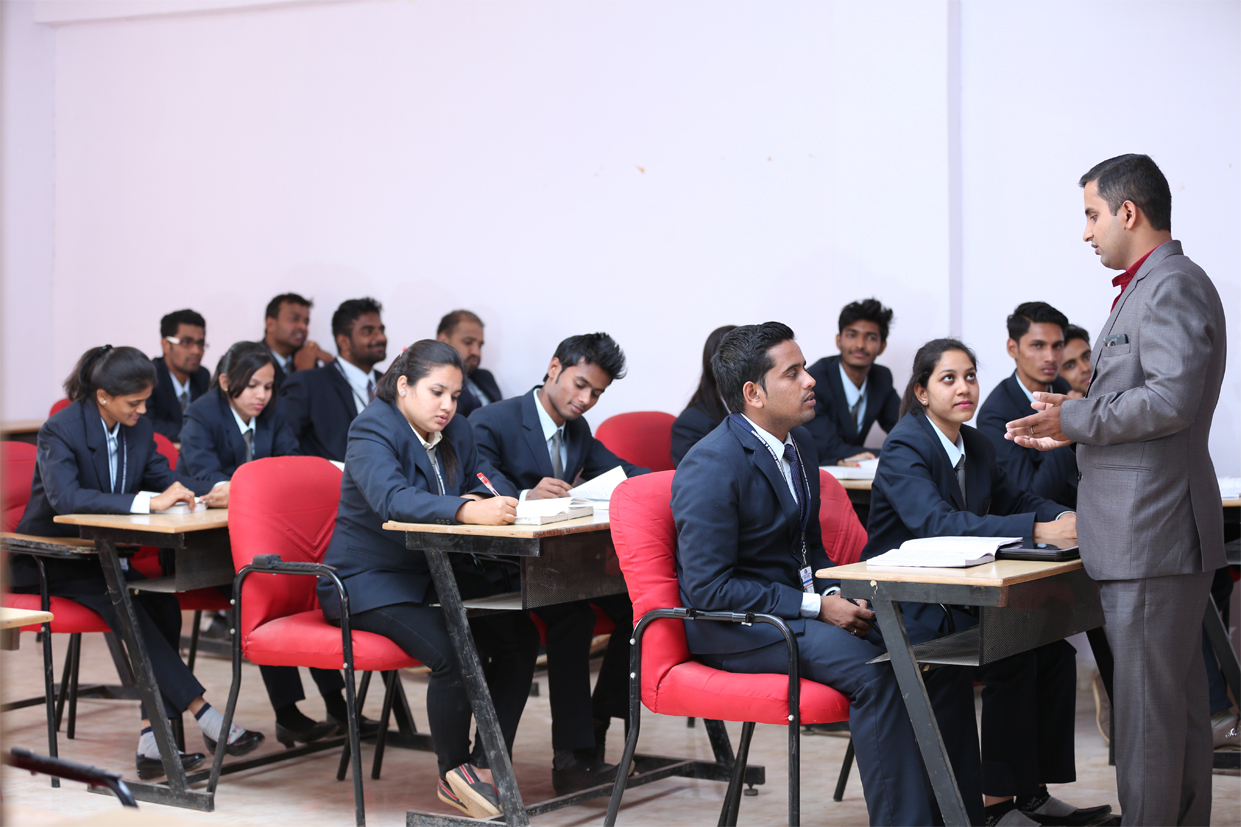 Lecture Room of Aditya Management College Bangalore-profile1